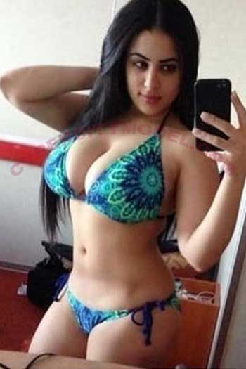 Professional Call Girl in Gurgaon Photos